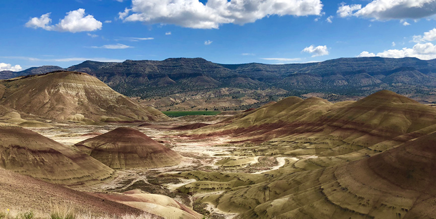 Image of Painted Hills by Steven Jennings.